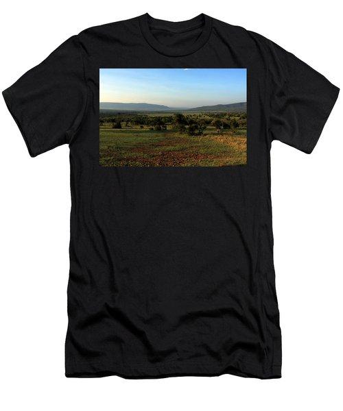 African Savannah  Men's T-Shirt (Athletic Fit)