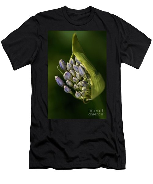 Agapanthus Men's T-Shirt (Athletic Fit)