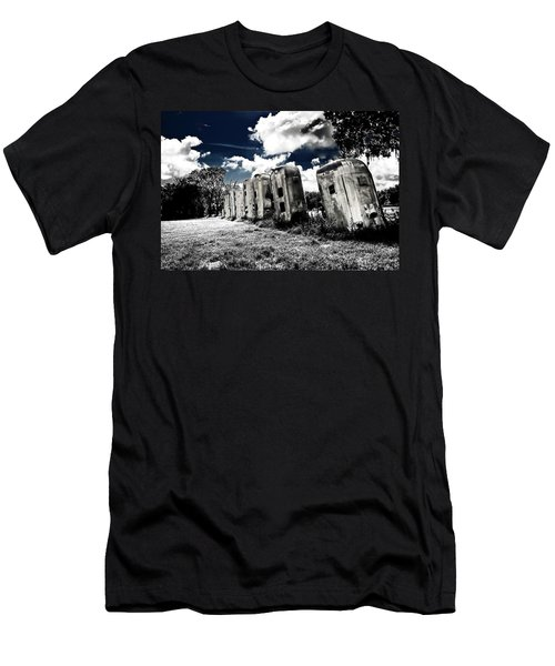 Airstream Ranch In Ir Hdr Men's T-Shirt (Athletic Fit)