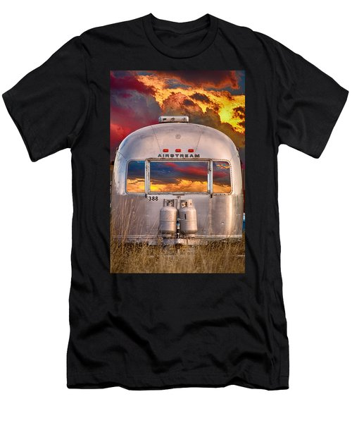 Airstream Travel Trailer Camping Sunset Window View Men's T-Shirt (Athletic Fit)