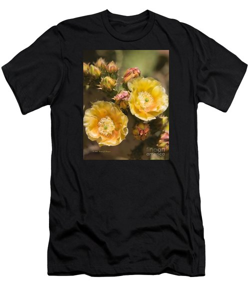 'albispina' Cactus Blooms Men's T-Shirt (Athletic Fit)