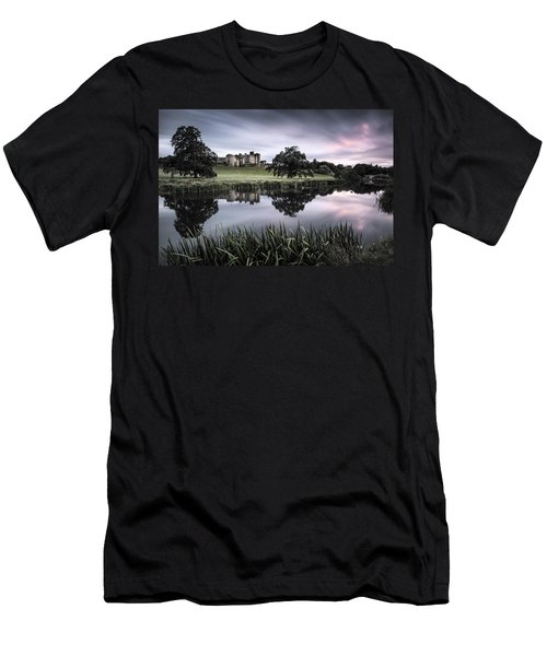 Alnwick Castle Sunset Men's T-Shirt (Athletic Fit)