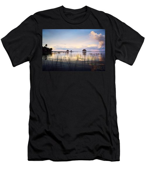 Amazing Bay Sunset Men's T-Shirt (Athletic Fit)