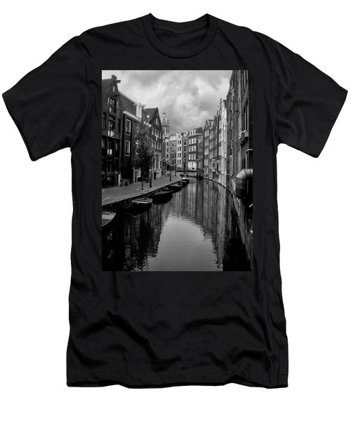 Amsterdam Canal Men's T-Shirt (Athletic Fit)