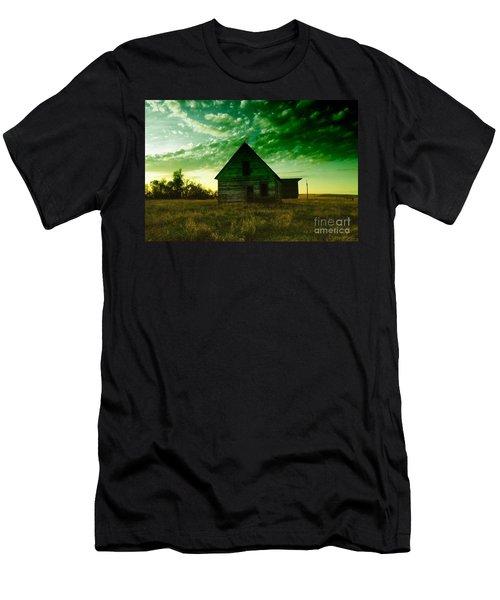 An Old North Dakota Farm House Men's T-Shirt (Athletic Fit)