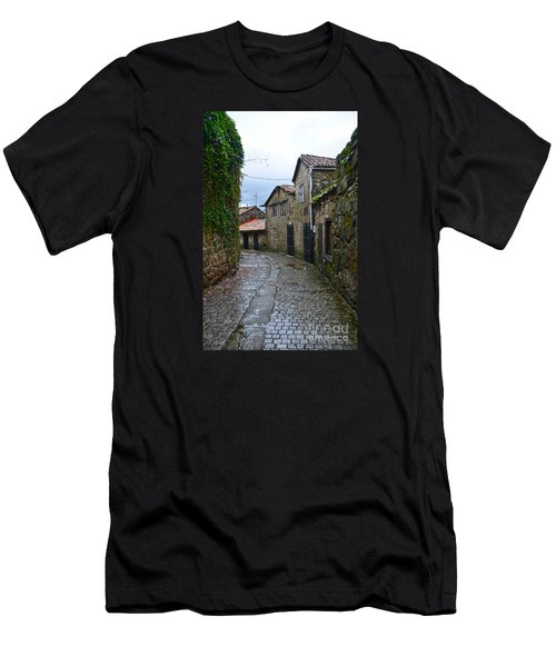 Ancient Street In Tui Men's T-Shirt (Athletic Fit)