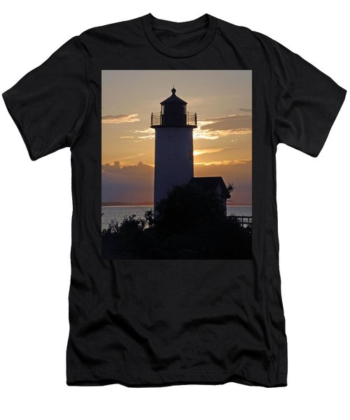 Annisquam Lighthouse Sunset Men's T-Shirt (Athletic Fit)