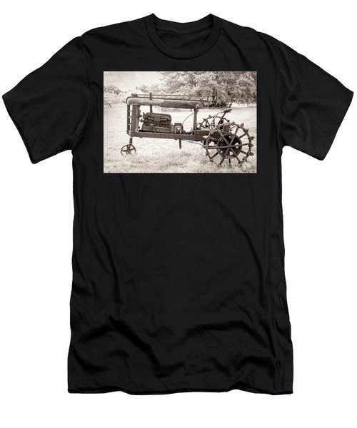 Antique Tractor Men's T-Shirt (Athletic Fit)