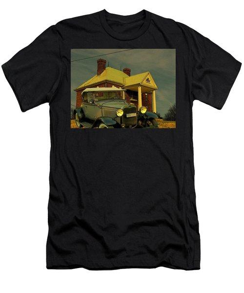 Approaching Storm Men's T-Shirt (Athletic Fit)