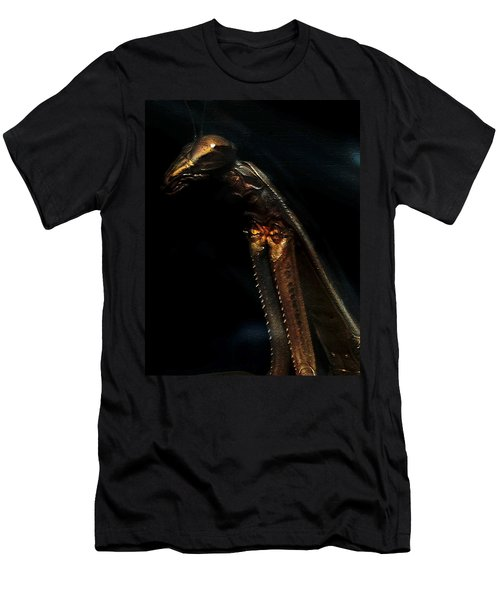 Armored Praying Mantis Men's T-Shirt (Athletic Fit)