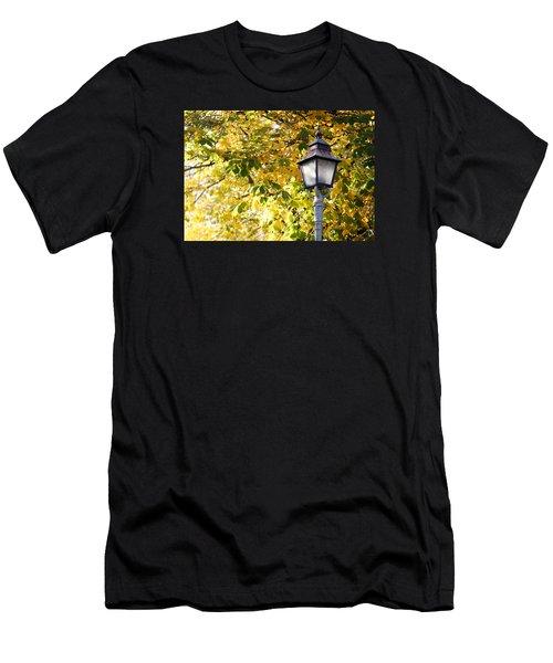 Autumn Lamp Post Men's T-Shirt (Athletic Fit)