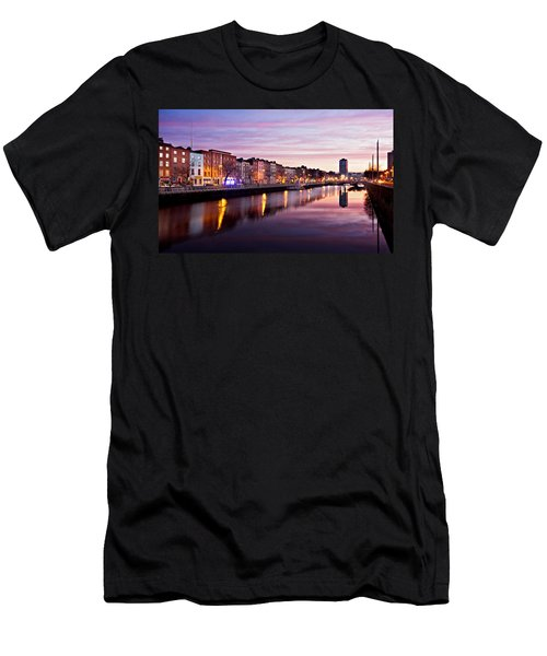 Bachelors Walk And River Liffey At Dawn - Dublin Men's T-Shirt (Athletic Fit)