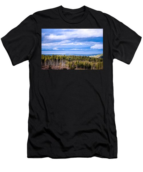 Johnstone Strait High Elevation View Men's T-Shirt (Athletic Fit)