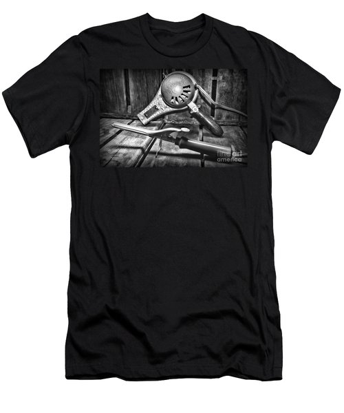 Barber - Vintage Hair Care In Black And White Men's T-Shirt (Athletic Fit)