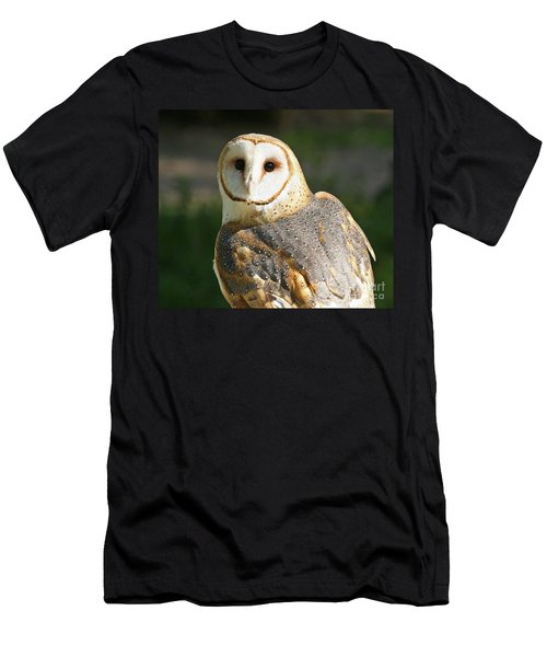 Barn Owl In Bright Sun Men's T-Shirt (Athletic Fit)