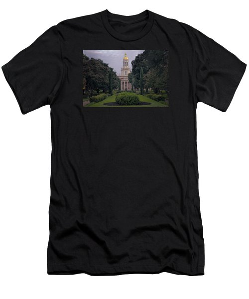 Baylor University Icon Men's T-Shirt (Athletic Fit)