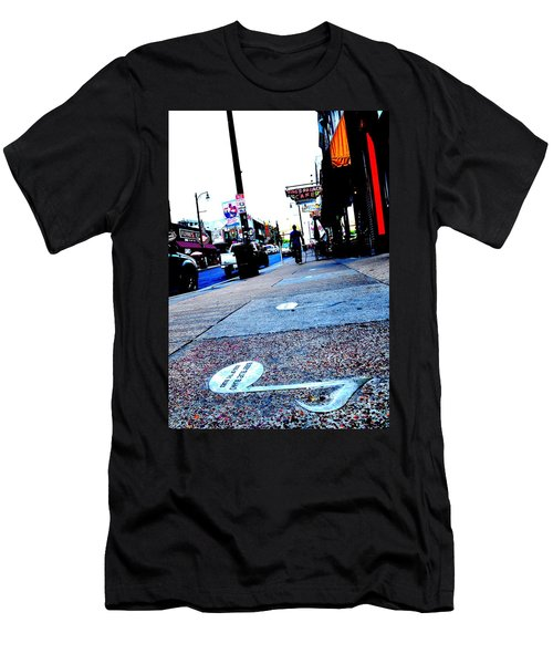 Beale Street Strolling Men's T-Shirt (Athletic Fit)