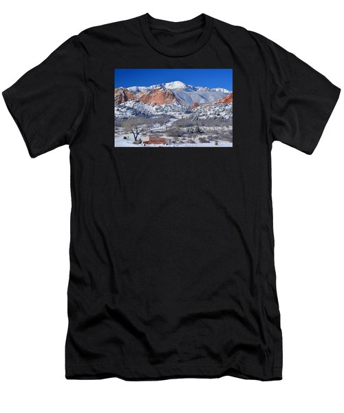 Beautiful Winter Garden Of The Gods Men's T-Shirt (Athletic Fit)