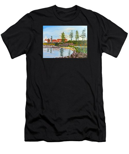 Belmore Basin From The North Sea Wall Men's T-Shirt (Athletic Fit)