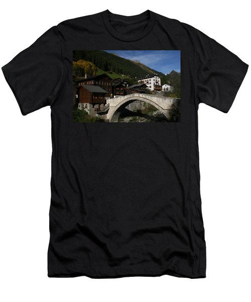 Binn Men's T-Shirt (Athletic Fit)
