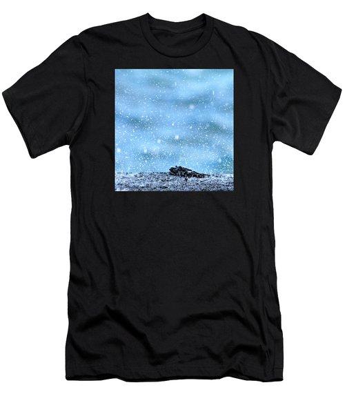 Black Crab In The Blue Ocean Spray Men's T-Shirt (Athletic Fit)