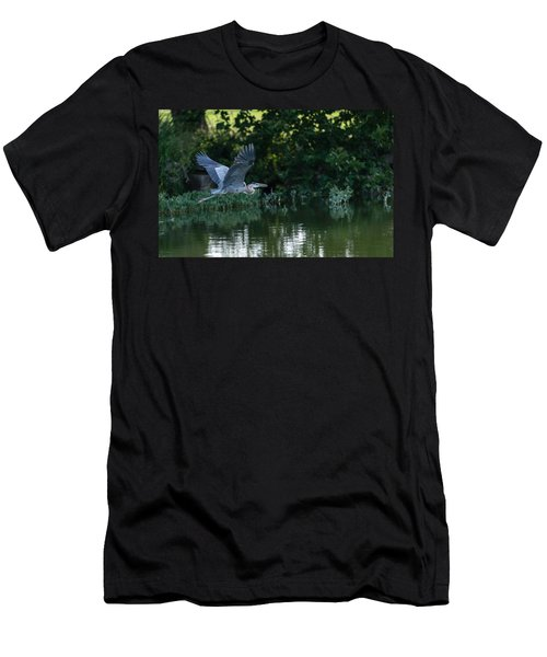 Blue Heron Take-off Men's T-Shirt (Athletic Fit)