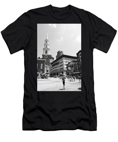 Boston Common Scene Men's T-Shirt (Athletic Fit)