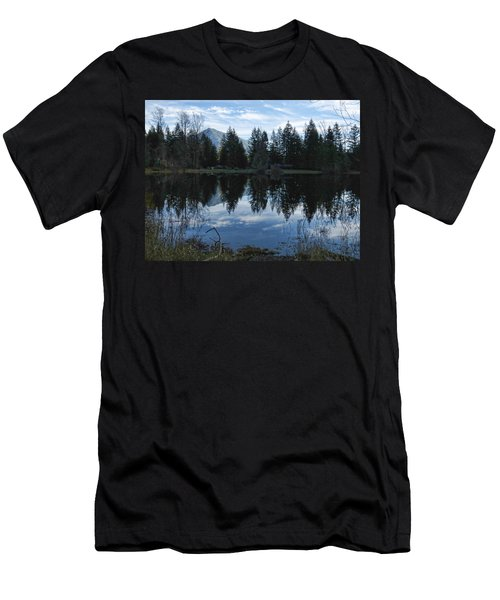 Brewster Lake North Bend Wa Men's T-Shirt (Athletic Fit)