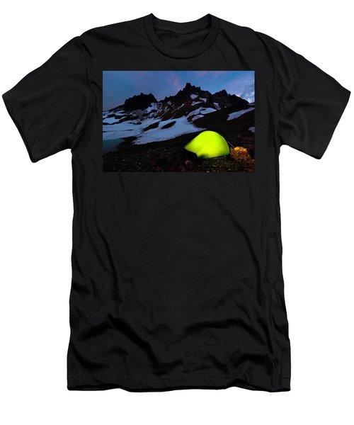 Broken Top Camp Men's T-Shirt (Athletic Fit)
