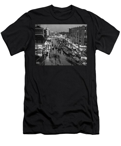 Bronx Fordham Road At Night Men's T-Shirt (Athletic Fit)