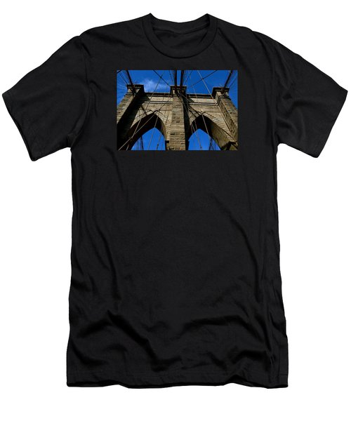 Brooklyn Bridge Ny Men's T-Shirt (Athletic Fit)