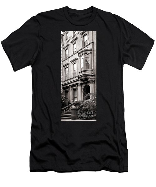 Brooklyn Heights -  N Y C - Classic Building And Bike Men's T-Shirt (Athletic Fit)