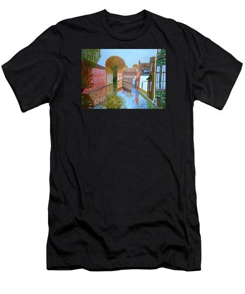 Brugge Canal Men's T-Shirt (Athletic Fit)