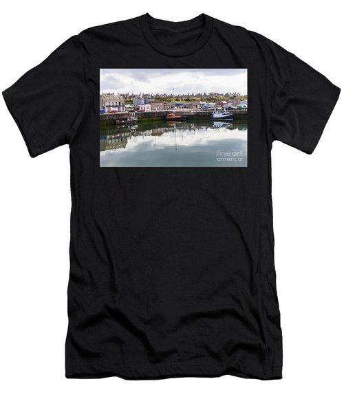 Buckie Harbour Men's T-Shirt (Athletic Fit)