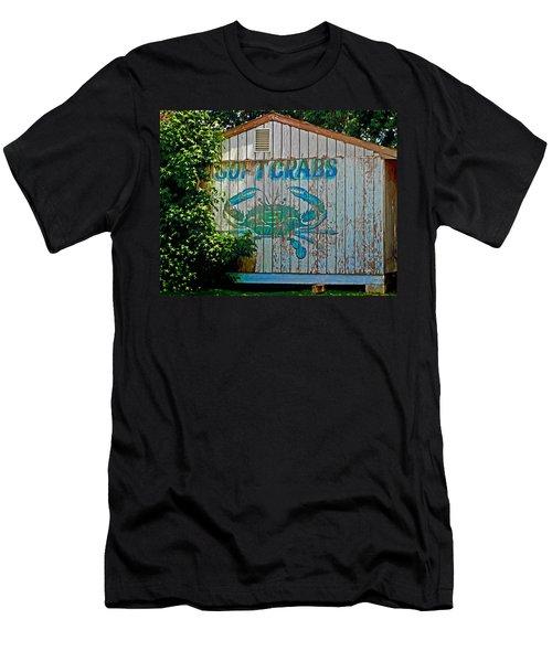 Buckroe Crab Shack Men's T-Shirt (Athletic Fit)
