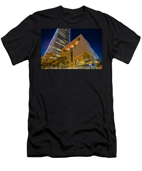 Buildings And Architecture Around Mint Museum In Charlotte North Men's T-Shirt (Athletic Fit)