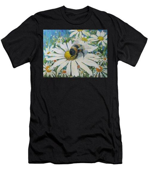 Bumblebee Men's T-Shirt (Athletic Fit)