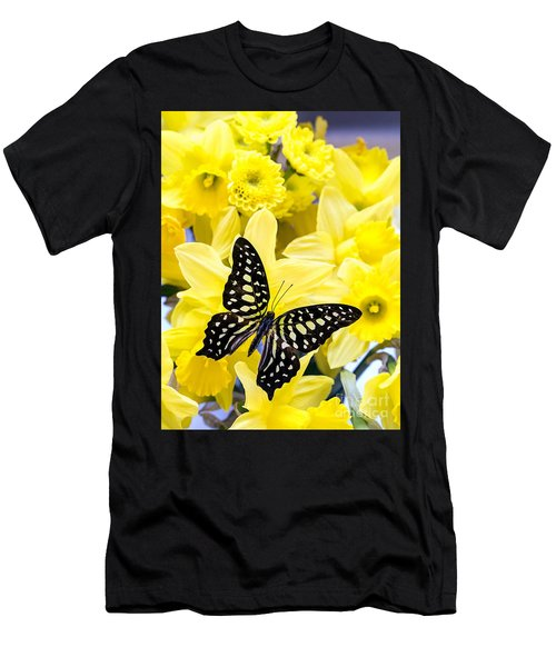 Butterfly Among The Daffodils Men's T-Shirt (Athletic Fit)