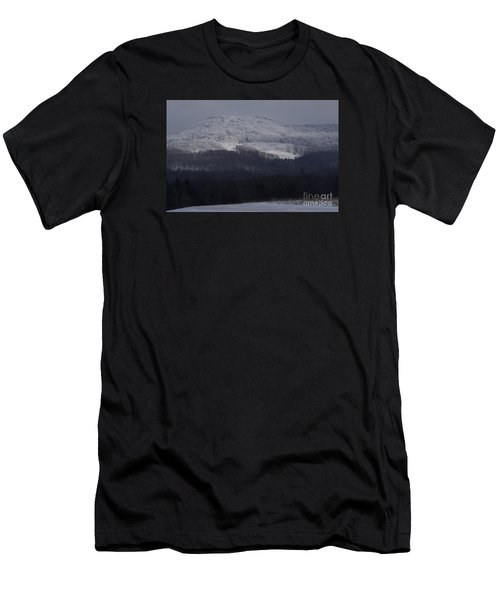 Cabin Mountain Men's T-Shirt (Athletic Fit)