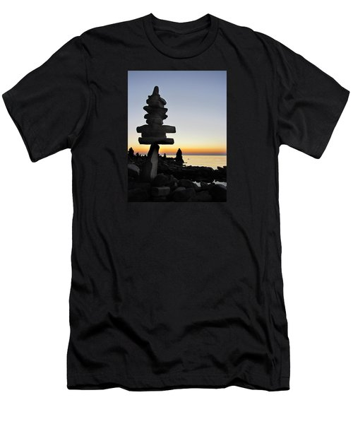 Cairns At Sunset At Door Bluff Headlands Men's T-Shirt (Athletic Fit)