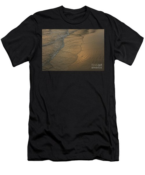 California Waves Men's T-Shirt (Athletic Fit)