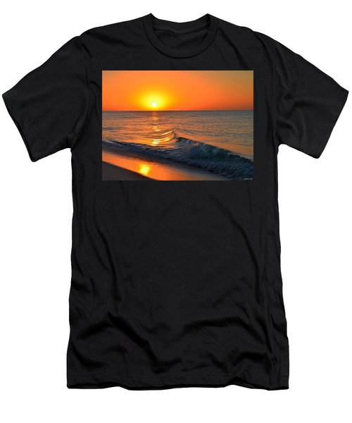 Calm And Clear Sunrise On Navarre Beach With Small Perfect Wave Men's T-Shirt (Athletic Fit)