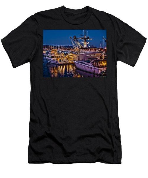 Carol N Rose Men's T-Shirt (Slim Fit)