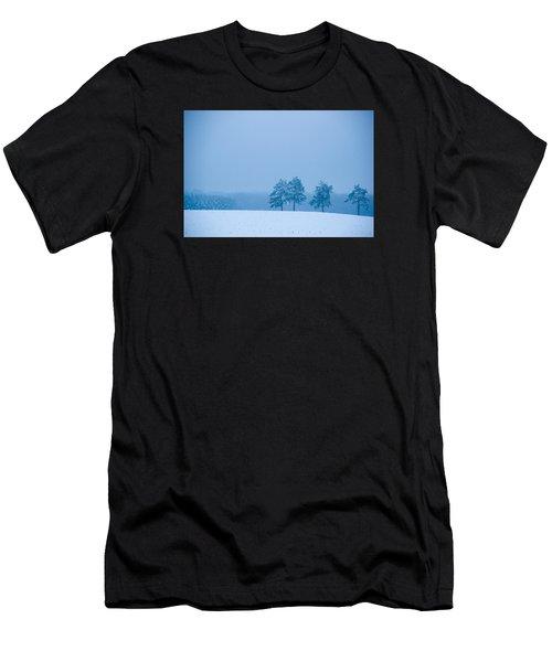 Carolina Snow Men's T-Shirt (Athletic Fit)