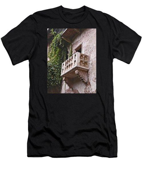 Casa Di Giulietta Men's T-Shirt (Athletic Fit)