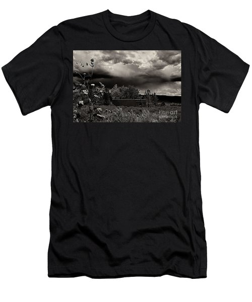 Casita In A Storm Men's T-Shirt (Athletic Fit)