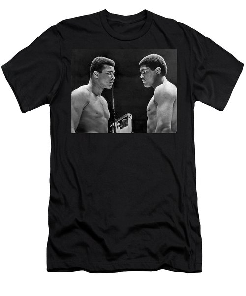 Cassius Clay Gives Whammy Eye Men's T-Shirt (Athletic Fit)