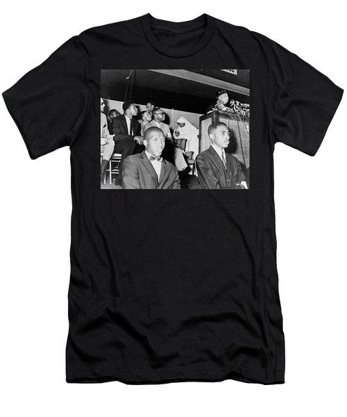 Cassius Clay Listening To Elijah Muhammad 1964 Men's T-Shirt (Athletic Fit)