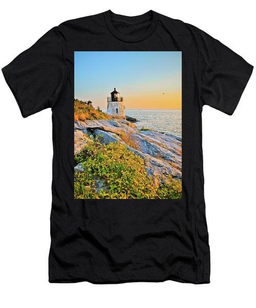 Castle Hill Lighthouse 1 Newport Men's T-Shirt (Athletic Fit)