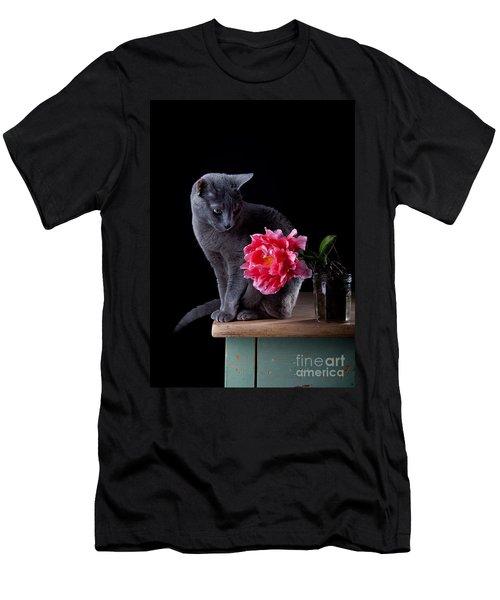 Cat And Tulip Men's T-Shirt (Athletic Fit)